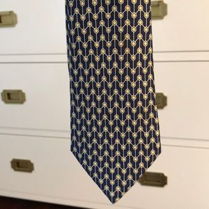 Never worn, perfect condition Hermès tie